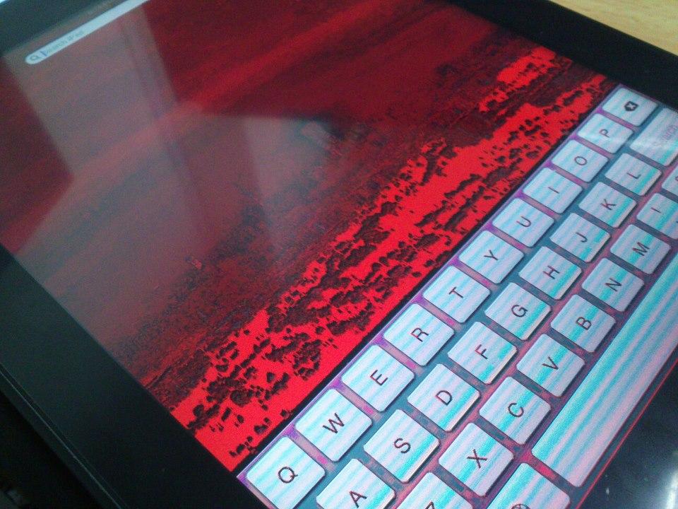 شاشة ايبادي تحولت إلى اللون الأحمر